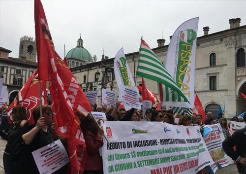 Bandiere a Vela Cisl Brescia