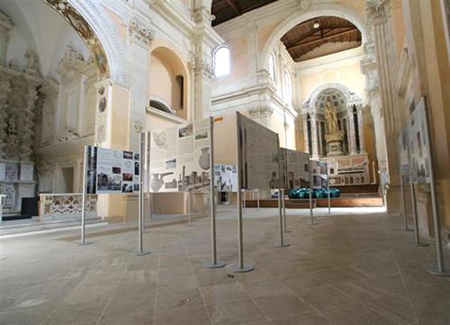 DNA Espositori per mostre e musei