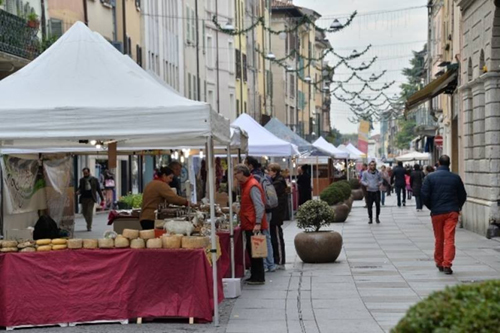 Gazebo per mercati e fiere all'aperto